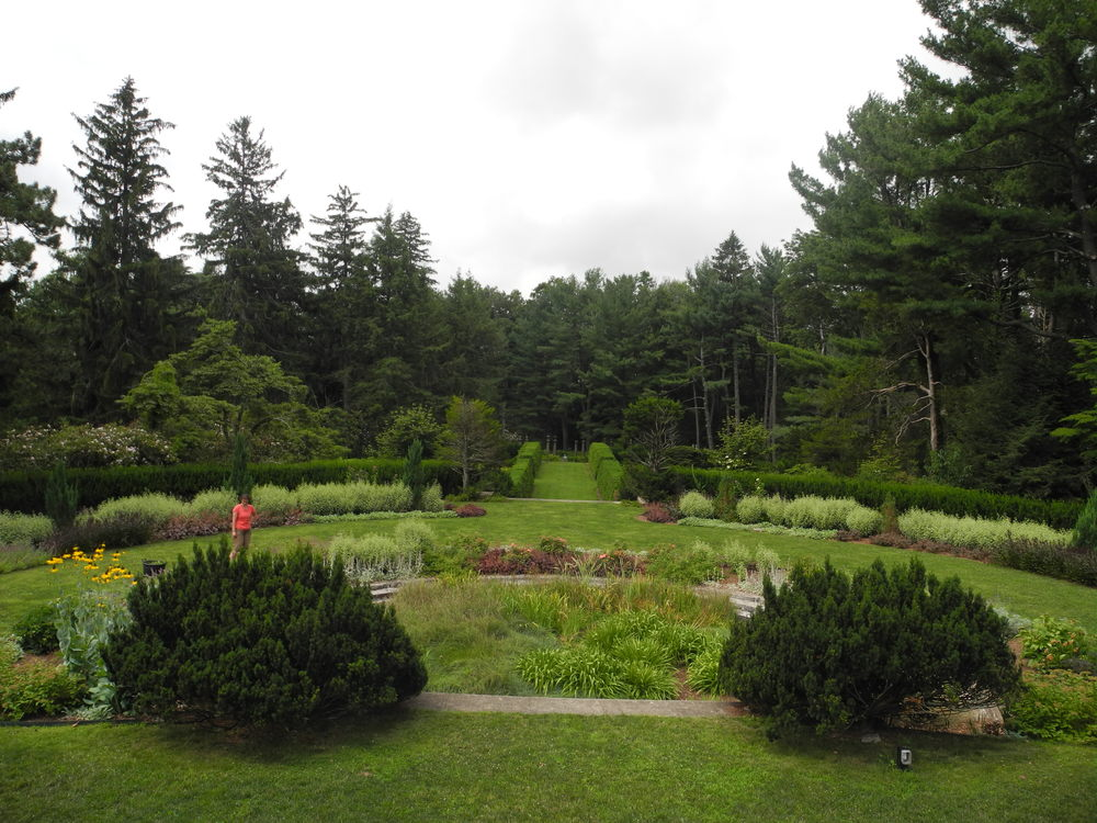 One of the many splendid gardens at Greenwood; 28 acres of bucolic beauty.  It was very hot on that Sunday, but overcast. I hope the skies will be clear for the opening on August 1st.
