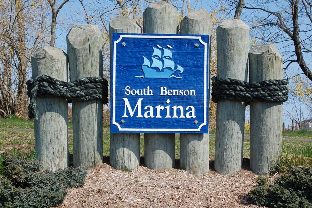 S B Marina sign.JPG
