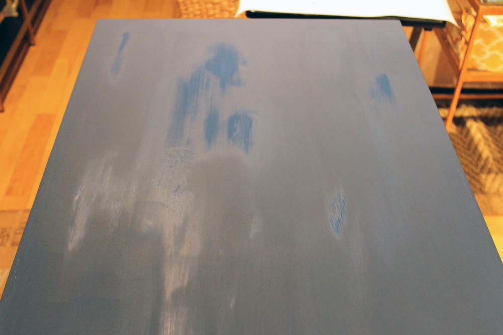 The Annie Sloan Chalk Paint effect… see how the wet paint is glossy, but the dry paint has a matte, chalky appearance?  It gets a little bit glossier when you add the clear wax overcoat, but not much.