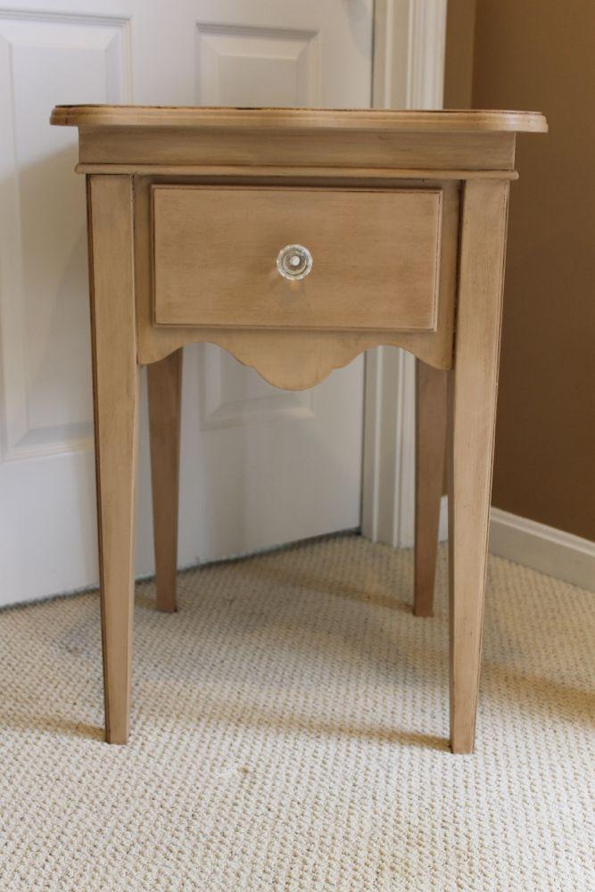 nightstand1.jpg