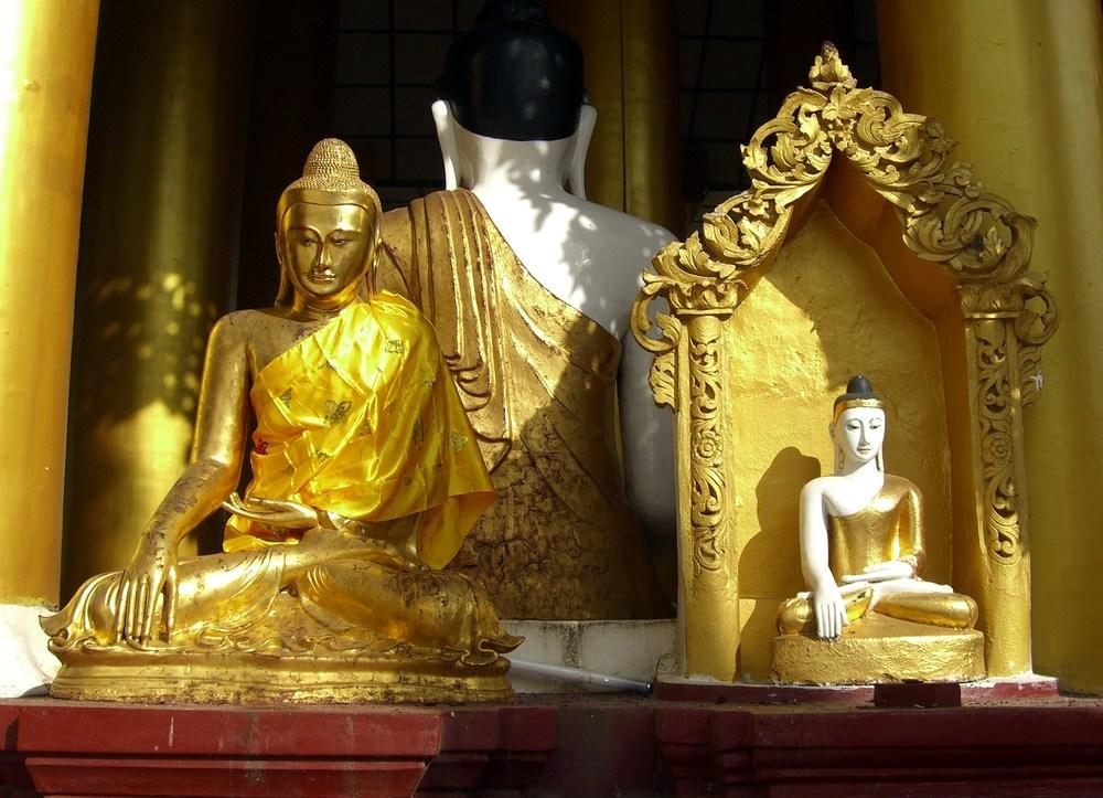 WR02 0767 Yangon.JPG