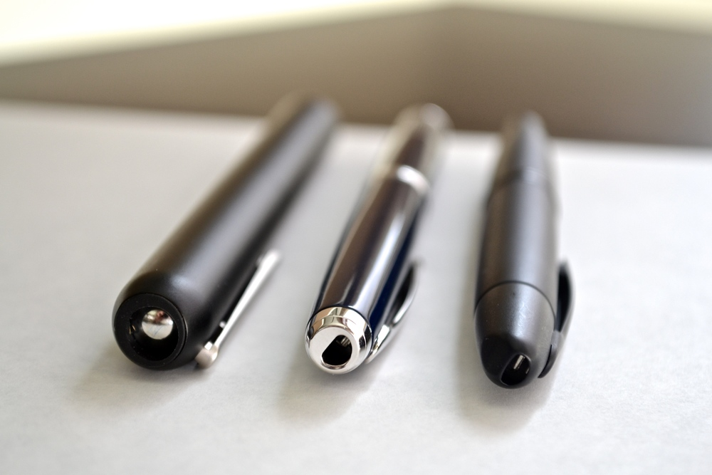 Some retractable comparisons: Dialog 3, Pilot Fermo, Pilot Vanishing Point