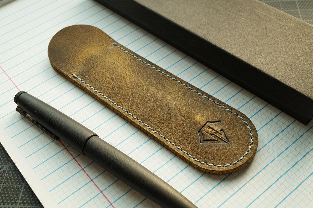 Dee Charles Designs Leather Single Pen Sleeve - Rawhide Blue