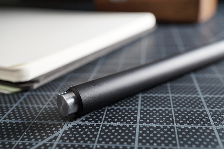 Mark One Minimal Pen by Studio Neat