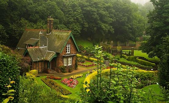 themagicfarawayttree: Scottish Cottage
