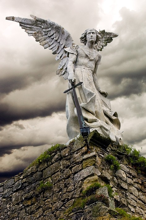 thecatholicgirl: St. Michael the Archangel