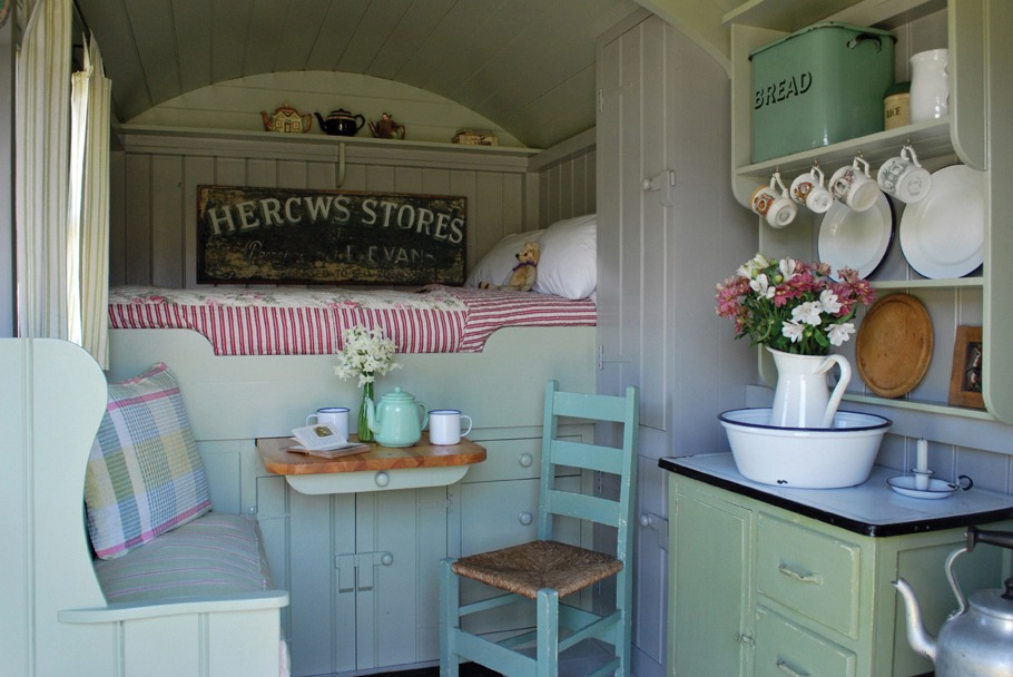 hawthornrising: Interior of a Shepherds Hut. Made in the UK by Plankbridge.