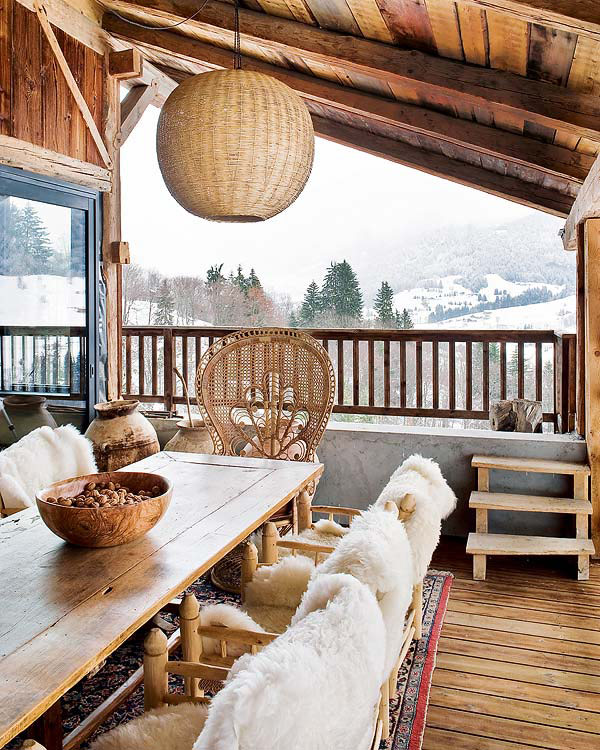 suedetaxi: Bohemian Chalet in the Alps.
