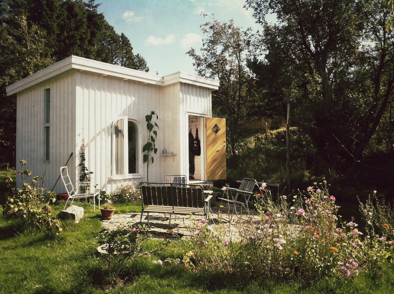 cabinporn :     Hand-built house in  Tjärnskogen, Bohuslän, Sweden . Submitted by builder Moa Sandblad.