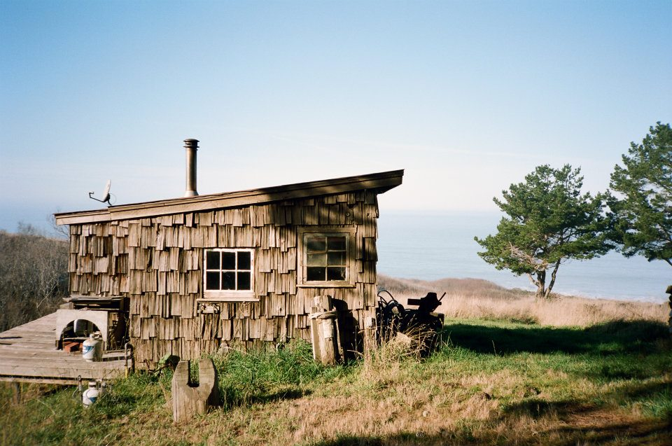 cabinporn :     Seaside cabin in  Mendocino, California.    Photograph by  Foster Huntington .