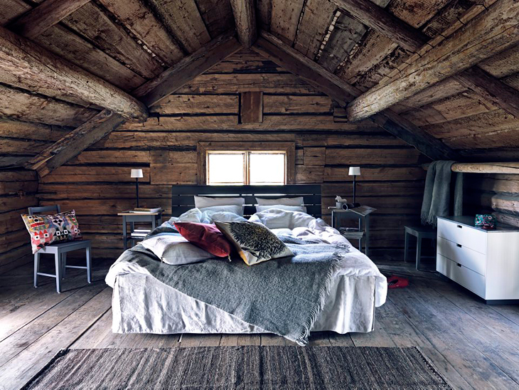 myidealhome: rustic attic bedroom (via design attractor) Lovely, but looks like it would be cold in the winter!  Maybe it's in North Carolina.