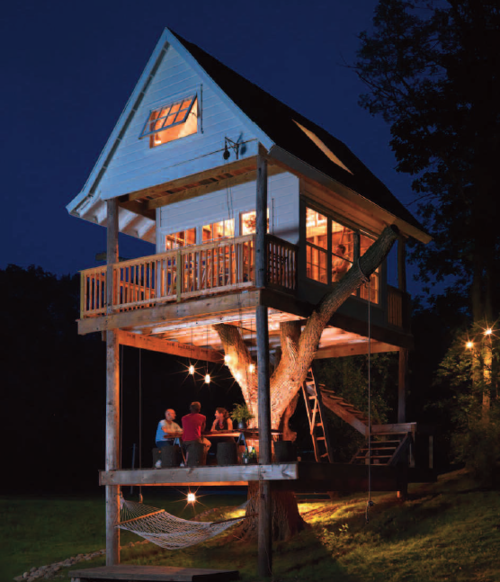 sunsurfer :       Three Level Tree House, Camp Wandawega, Wisconsin       photo via  greenlikebathwater