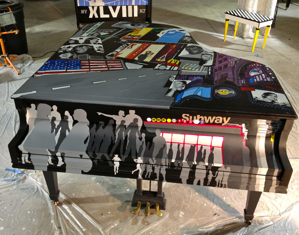 I designed the top & front around Times Square.  The piano lurking in the background was designed and painted by Jessie Jo Warner and her parents, Kurt & Brenda Warner (yes, NFL  Kurt Warner  and no, I did't get to meet him)