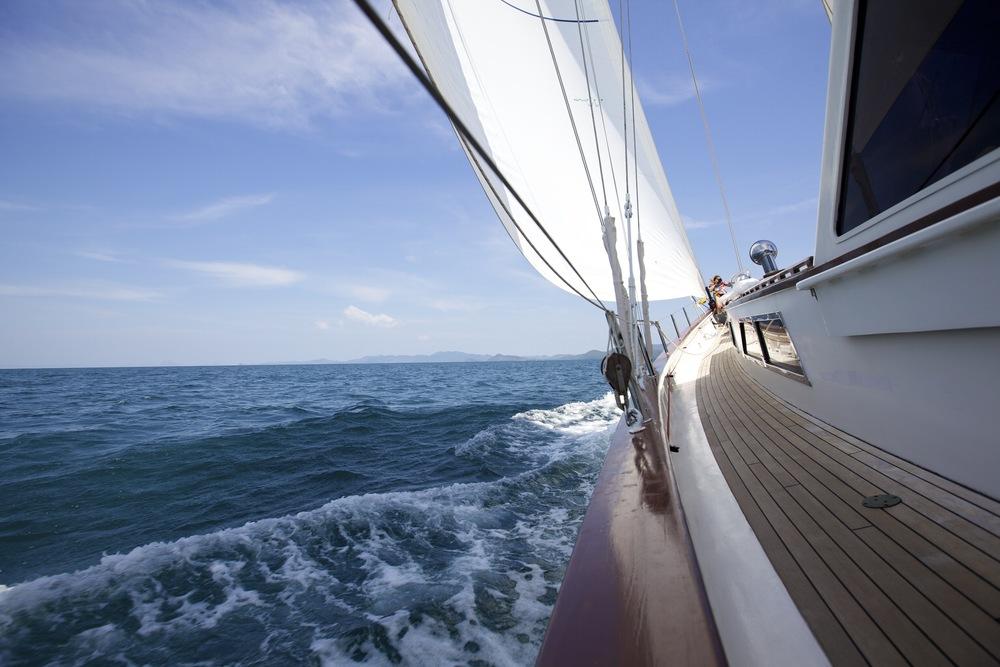 Meta IV sailing fast