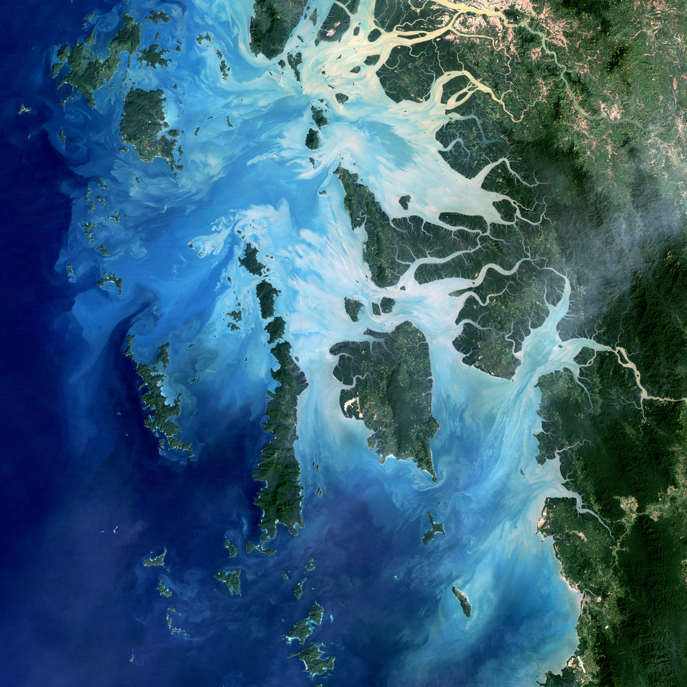 Satellite image of the Mergui, (c) NASA Earth Observatory