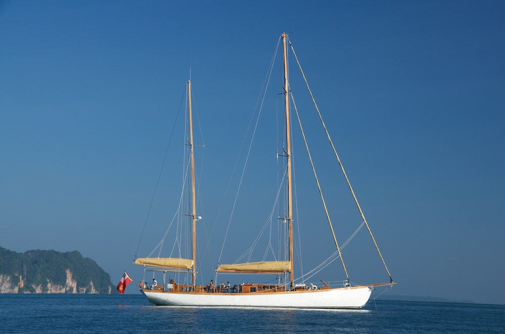Sailing Yacht Aventure by Burma Boating .jpg