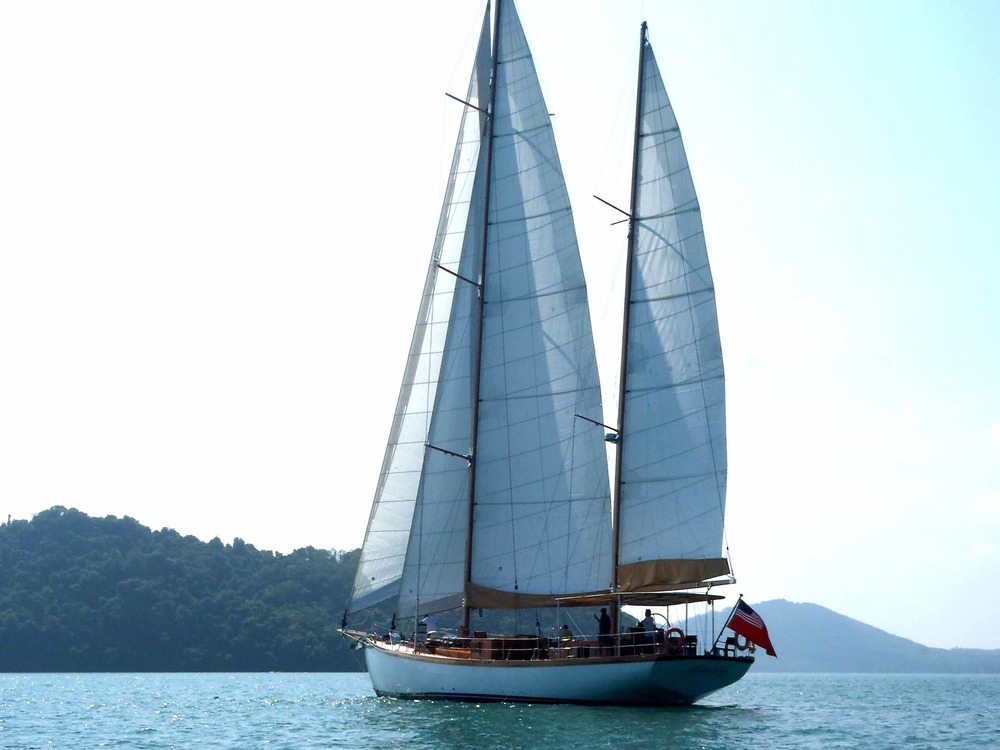Aventure yacht Mergui Burma sailingholiday beaches.jpg
