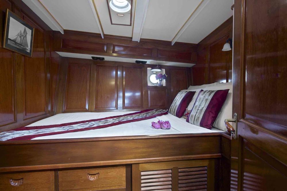 Sailing Yacht Sunshine starboard double cabin .jpeg