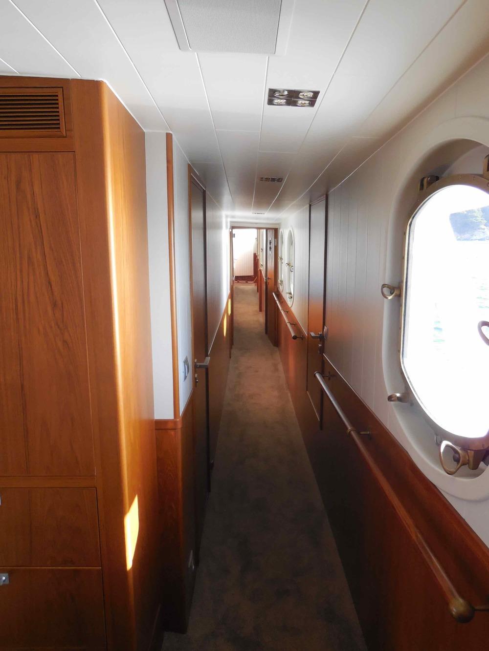 Motor yacht Drenec hallway.jpeg