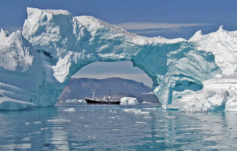 Drenec sous iceberg arche.jpeg
