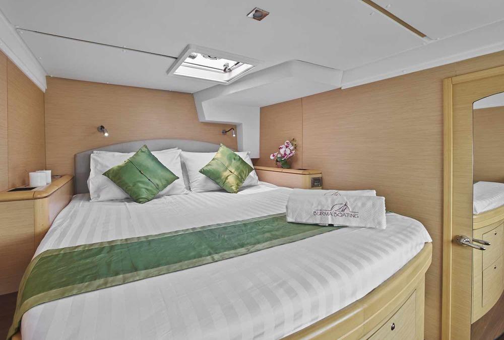 Meltemi foeward guest cabin XS.jpeg