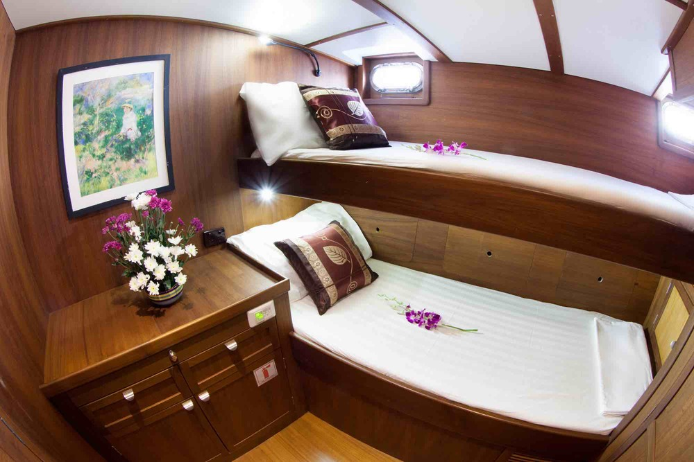Jubilaeum_guest cabin-bunk beds-sweet orchids sailing in Mergui Islands_XS.jpeg