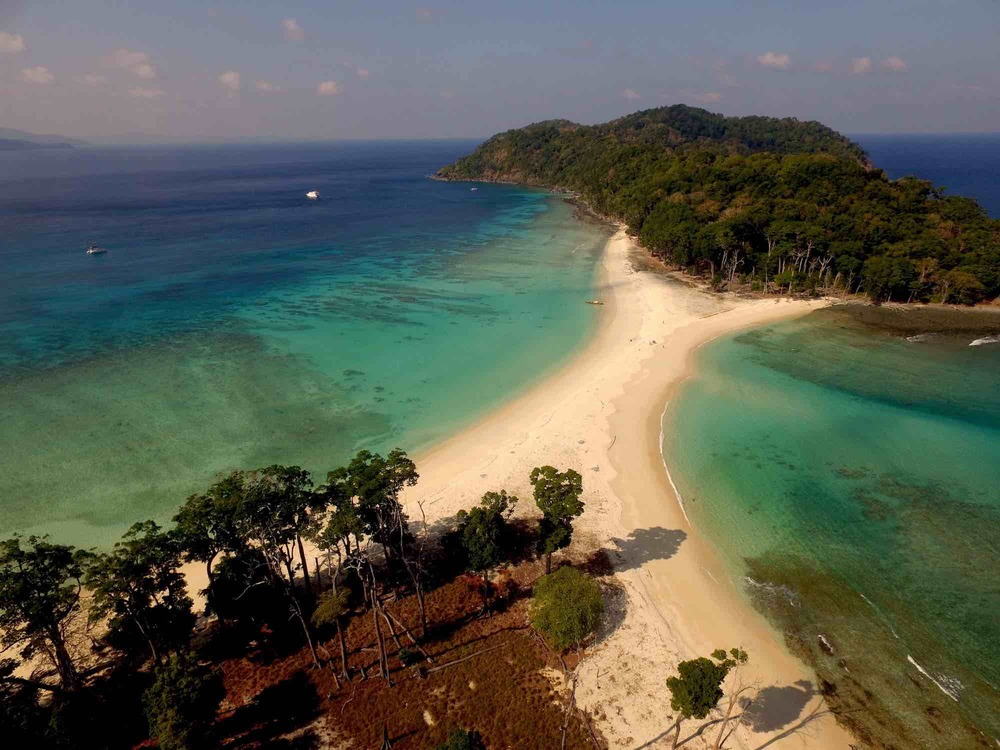 Andaman Islands_drone photo of amazing islands travelling on boat_XS.jpeg