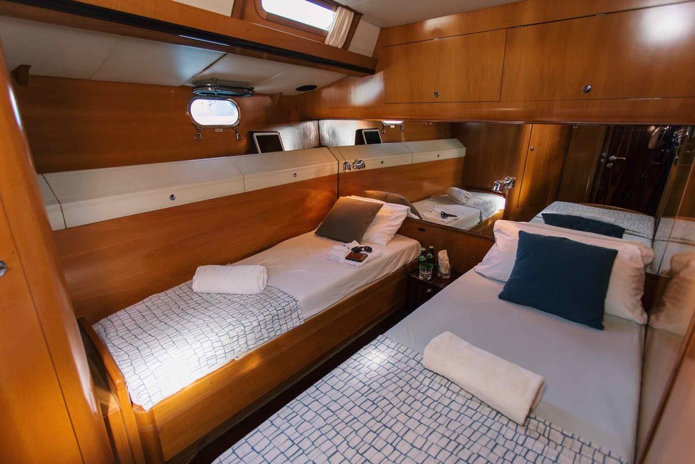 Y Not_twin bed guest room sweet home on yacht sailing in Mergui_XS.jpeg