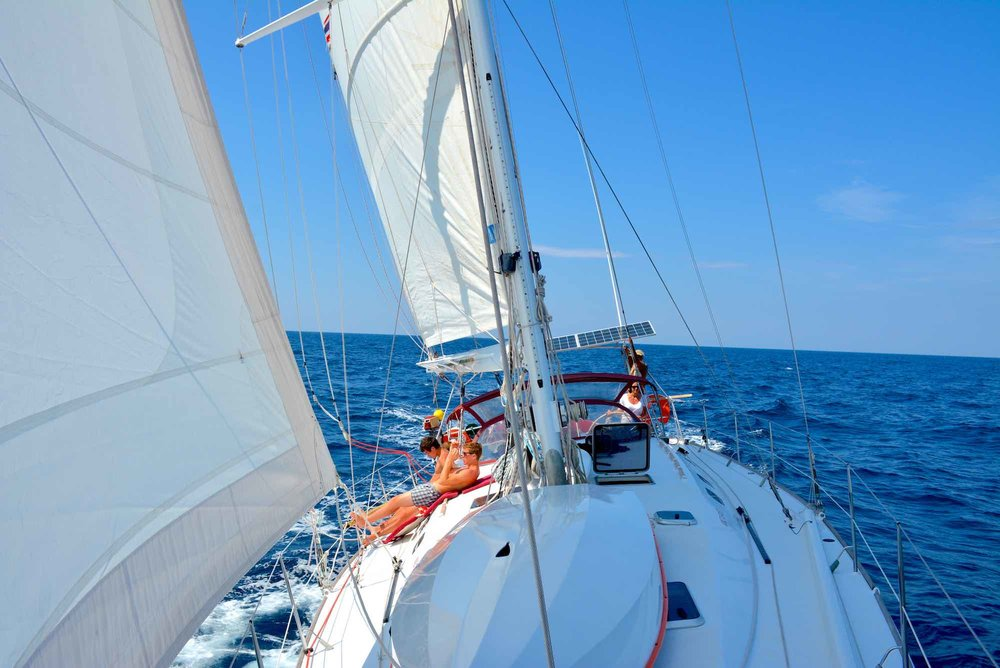 Dalai yacht sailing Similans xs.jpeg