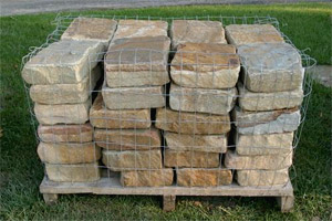 Pallet example: Cobblestones Ashlar Tumbled Brown Jumbo