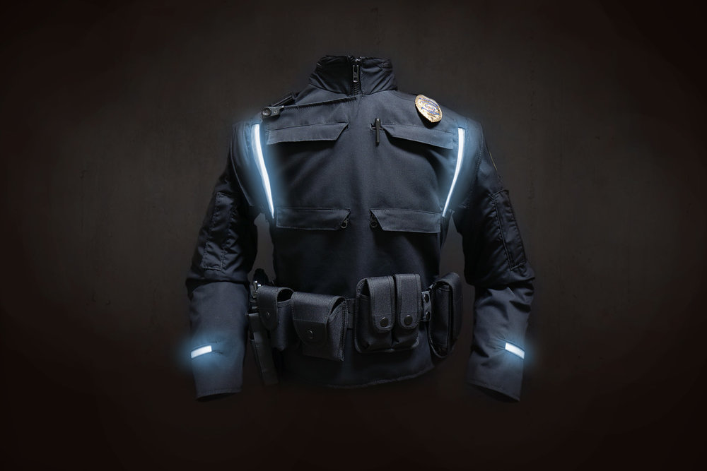 AMULET soft goods / industrial design Enhancing the safety & ergonomics of police officers working in cold weather.