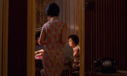 Photo: 《花樣年華》中張曼玉的經典背影。