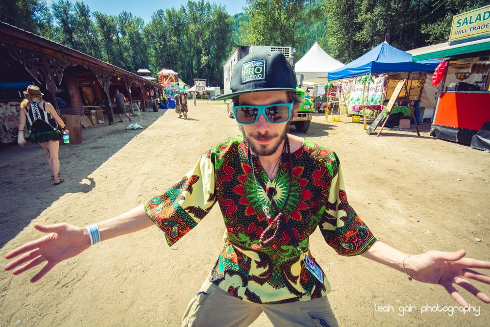 The Funkee Wadd waiting to assault people with hugs at Shambhala. Photo by Leah Gair Photo.