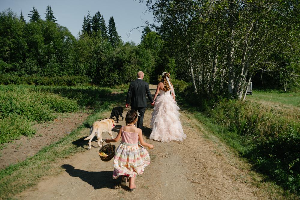 Trisha-Earl-Wedding-Highlights-200.jpg