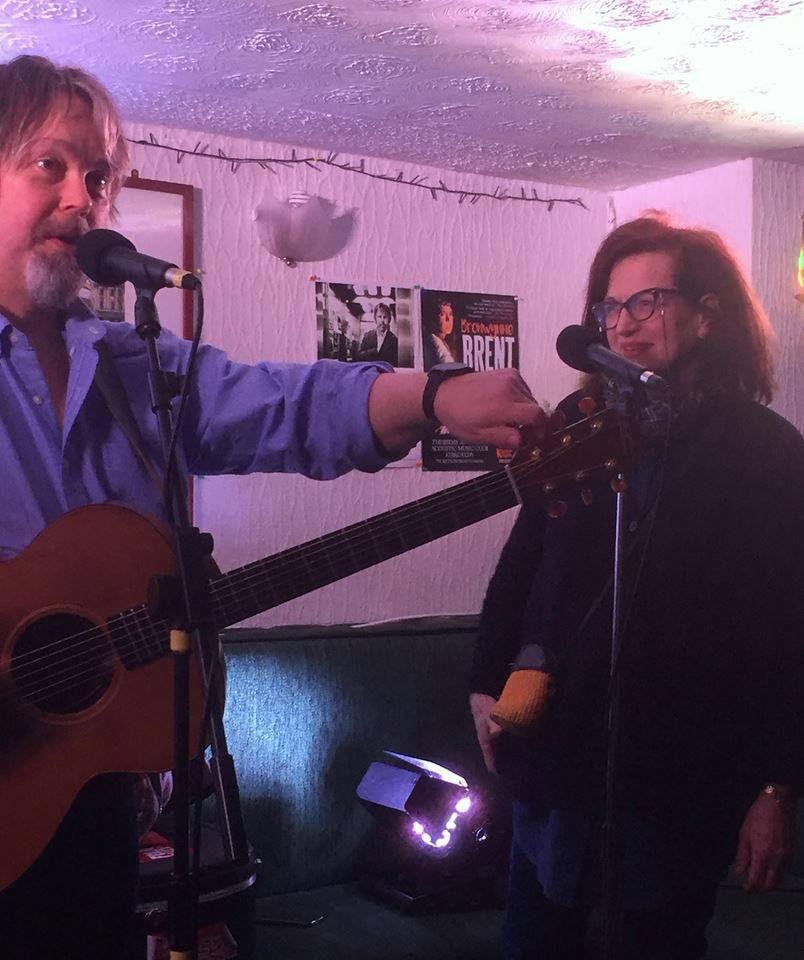 Barbara Dickson joins me for a song at Kirkcaldy Acoustic Music Club