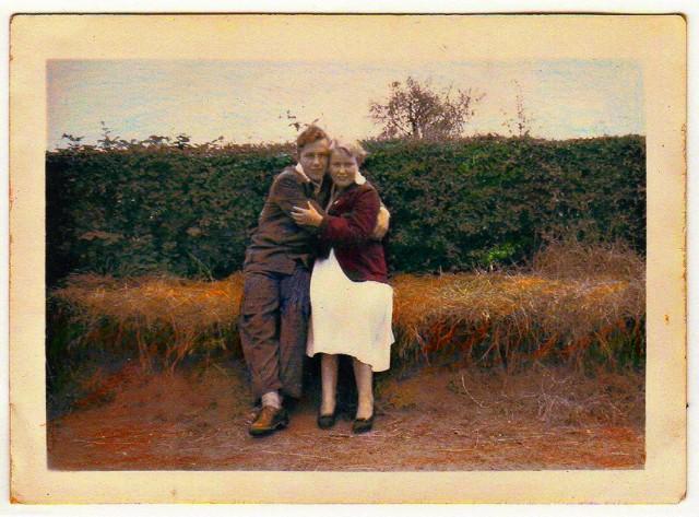 Eileen and Joe_635999014994385674_Afterlight_Edit.jpg
