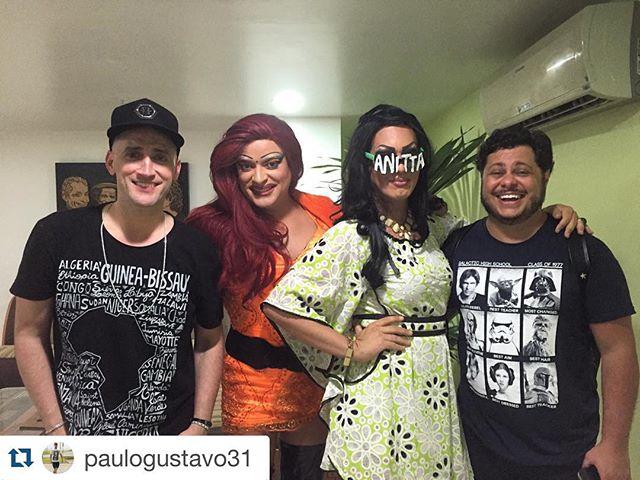 #Repost @paulogustavo31 with @repostapp. ・・・ Eu e @marcusmajella amamos a presença de @anitta e @marinaruybarbosa  no 220 Volts ! Amamos tambem @suzybrasil @samararios