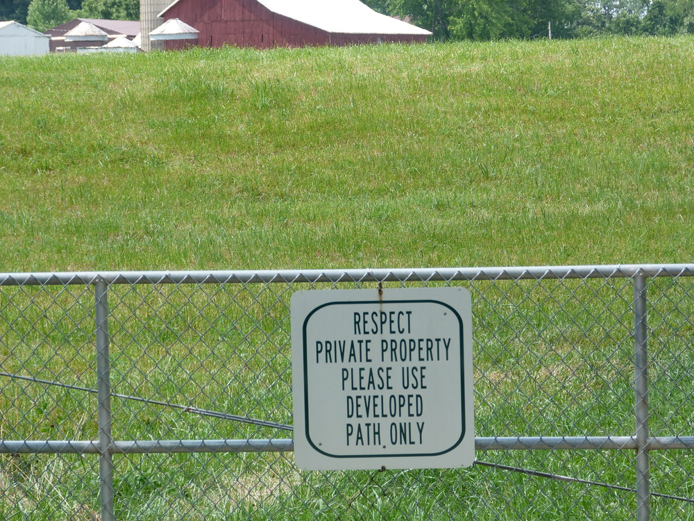 Good sensitivity to adjacent landowners.