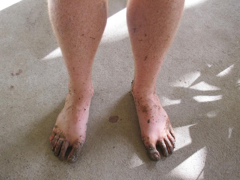 Muddy toes!
