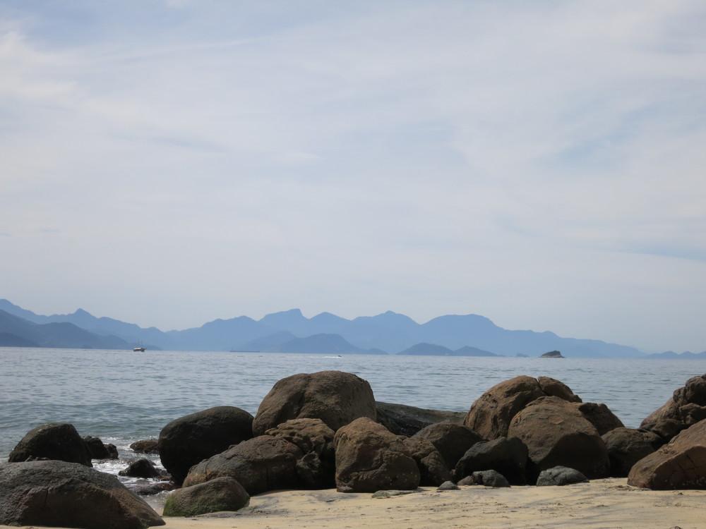 Praia Preta (black beach)