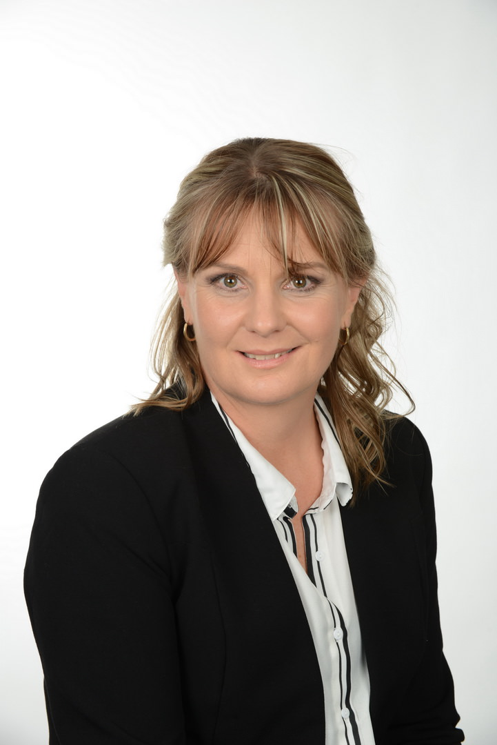 Karen Hood  Conveyancing Clerk