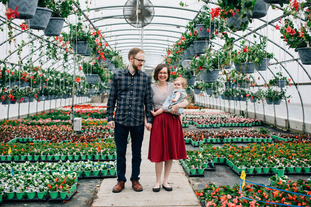 Spring Family Session in the Greenhouse | Dayton Ohio Family Ses
