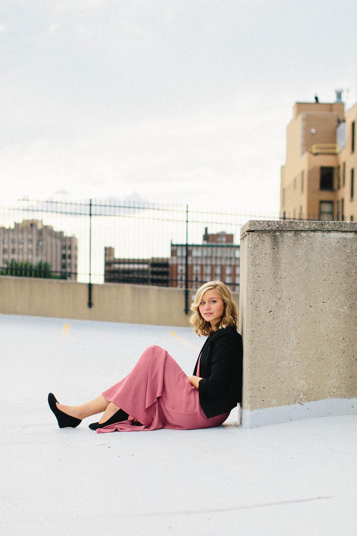 lifestyle-senior-portraits-dayton-brooklyn-chicago-27.jpg