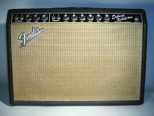 A classic clean amp the Fender Deluxe Reverb