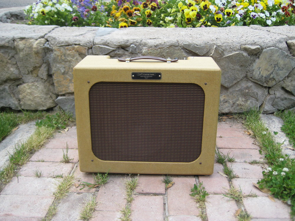 Carl's Custom Amps Octal Princeton is based on the 5C2 but with larger speaker and numerous improvements.
