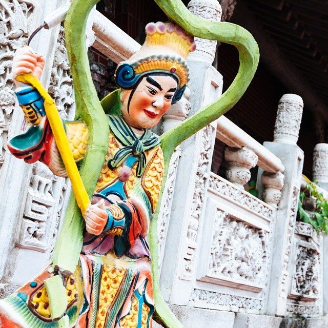 A temple in Central Taiwan. @ustoanyc @afarmedia #travel #taiwan #traveltogether