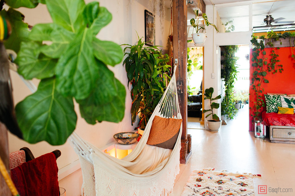 A Williamsburg apartment with over 500 plants.
