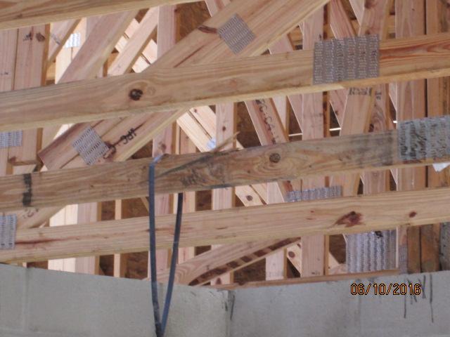 Auburn Custom Homes Framing 2.JPG