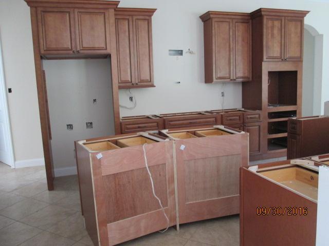 Auburn Custom Homes Palm Coast Kitchen Cabinets 1.JPG