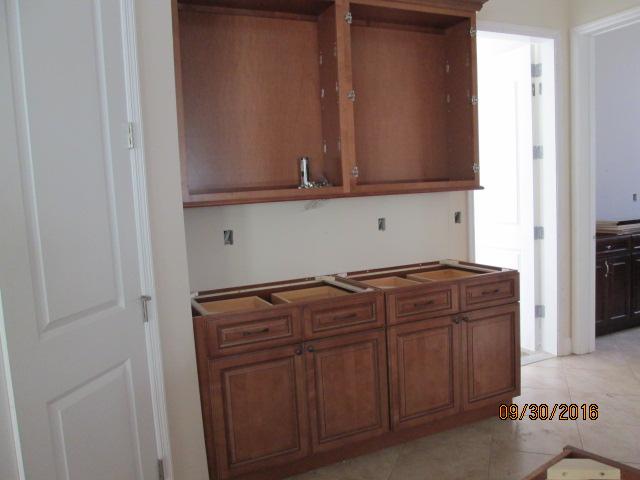 Auburn Custom Homes Palm Coast Kitchen Cabinets 2.JPG